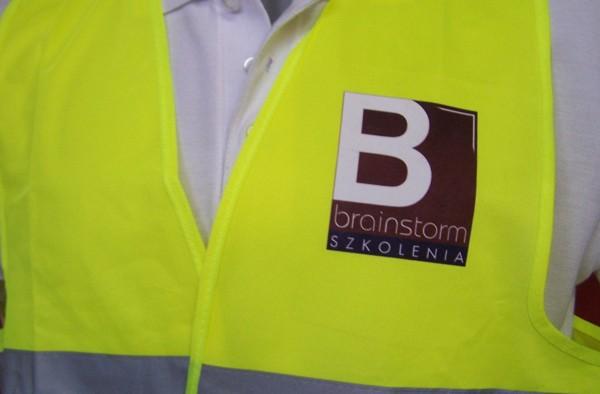 nadruk na odzieży roboczej
